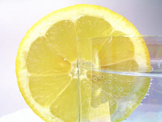 Wasser trinken gehört zum Abnehmen dazu