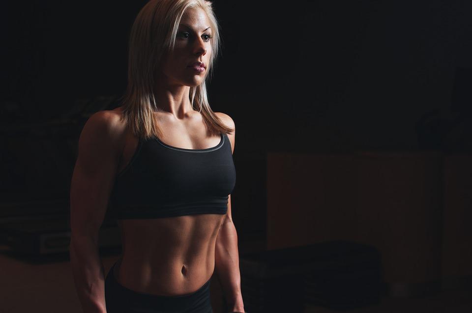Die richtige Menge an Kampfsport kann den Körper wunderbar in Form bringen