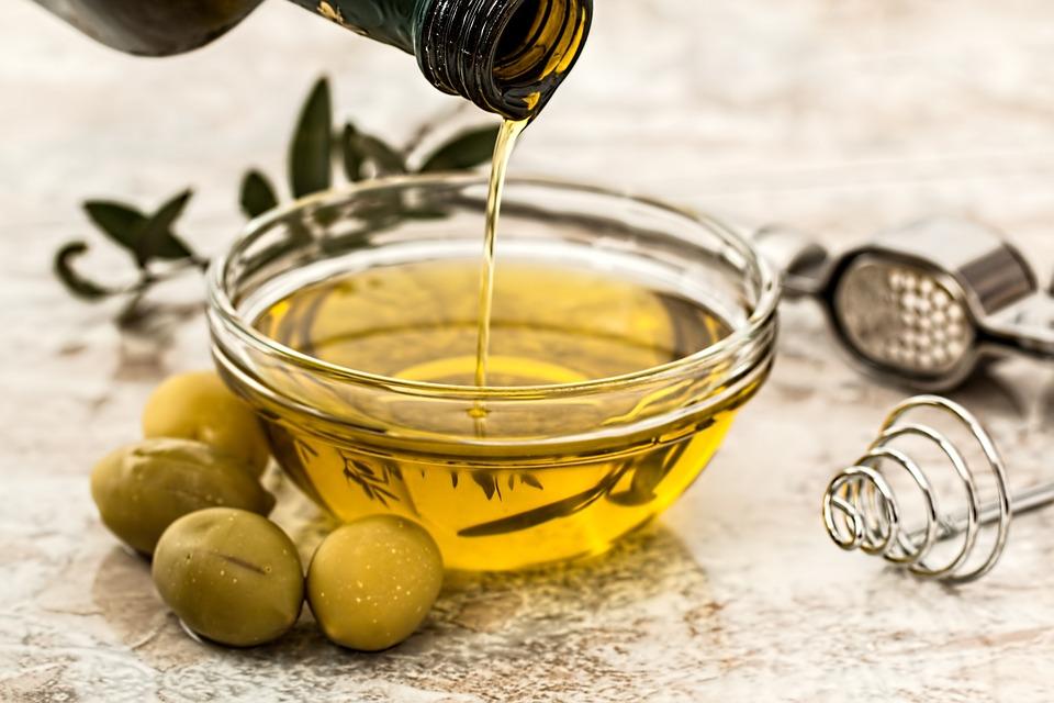 Olivenöl ist gut für Herz, Kreislauf, Haut und Haare
