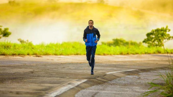 Sport draußen ist trotz Pollenallergie möglich